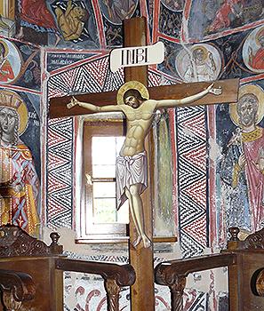 08JKUBACKIAgias_Triados_frescos_cross.jpg