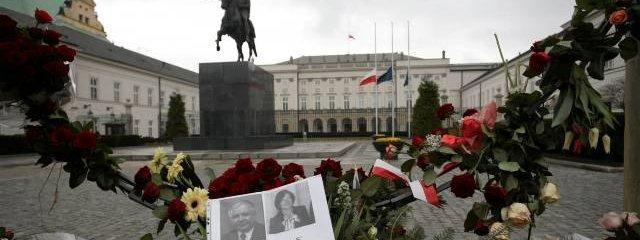 Elity patrzą z wyższością na żałobę Polaków