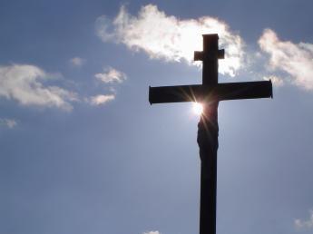 Rzeczywistość Krzyża wobec iluzji świata